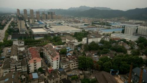 View of Jingdezhen from accommodation roof (1)