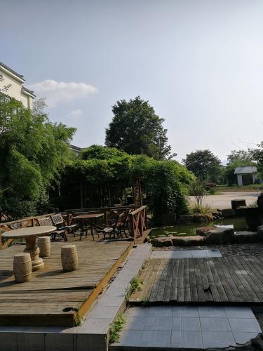 Yixing accommodation gardens